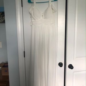 Lulu's Dresses - NWT Lulu's White Formal Gown